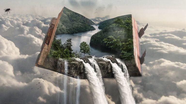На фото изображены водопады
