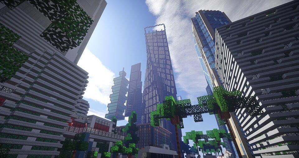 На фото изображен город, построенный в приложении Майнкрафт.