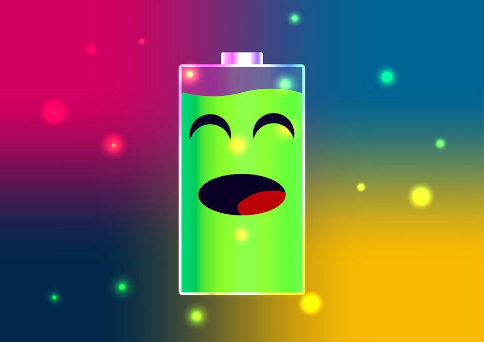 На фото изображена заряженная батарея.