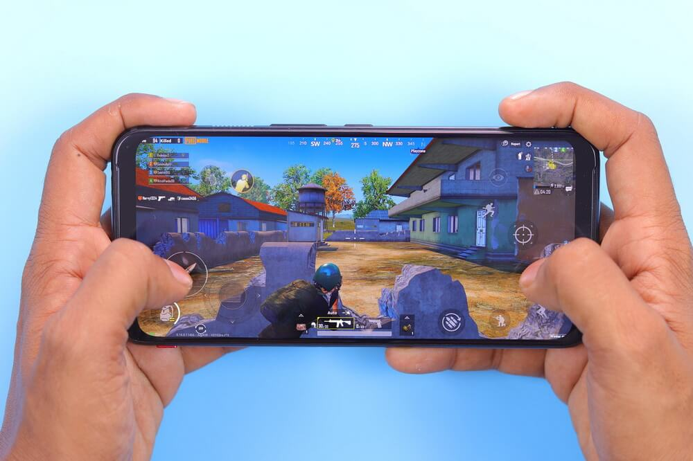 На фото изображена игра на Android.